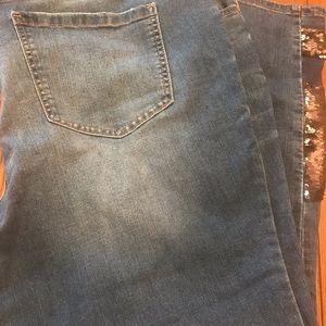 Eloqui brand sequin detail jeans!